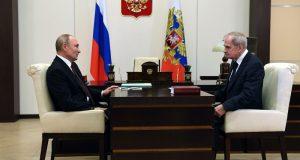 Путин обсудил с Зорькиным законы в развитие Конституции