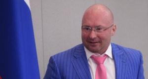 Лебедев оценил идею Жириновского ограничить вес чиновников