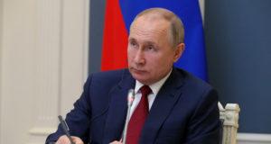 Путин посетит координационный центр правительства