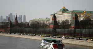 В Кремле прокомментировали высылку российских дипломатов из Чехии