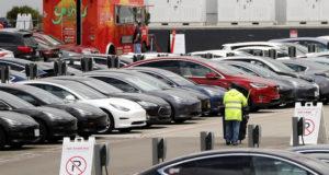 Губернатор Калужской области предложил построить завод Tesla в регионе