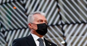 Президент Литвы посоветовал Западу сохранять давление на Россию