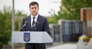Украинский политолог назвал цели поездки Зеленского в Донбасс